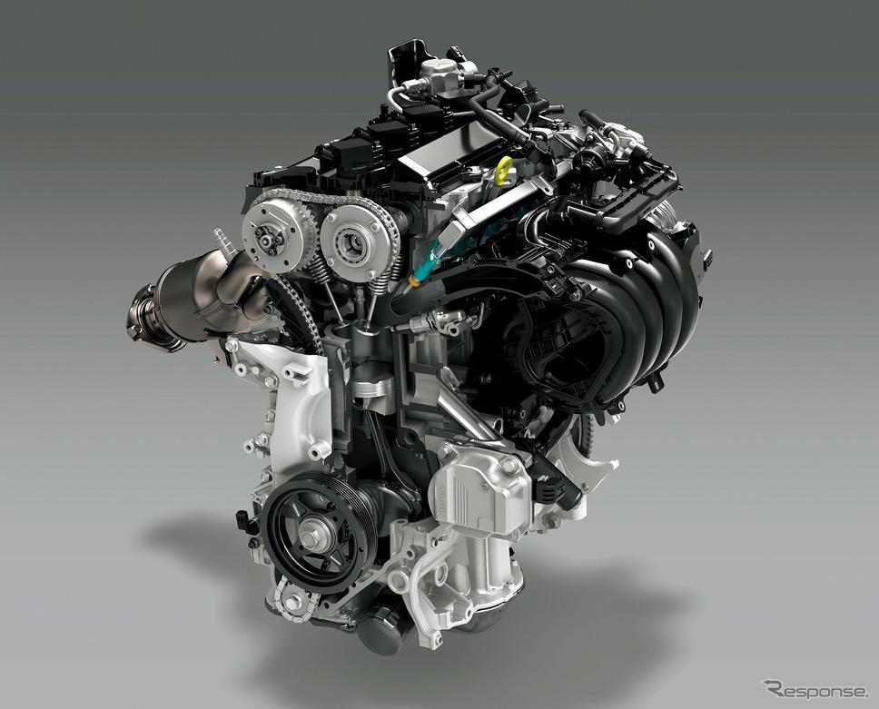 2.0リットル ダイナミックフォースエンジン《写真提供 トヨタ自動車》