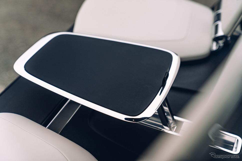 ロールスロイス・カリナン 向けの新カスタマイズオプション「ビューイングスイート」《photo by Rolls-Royce》