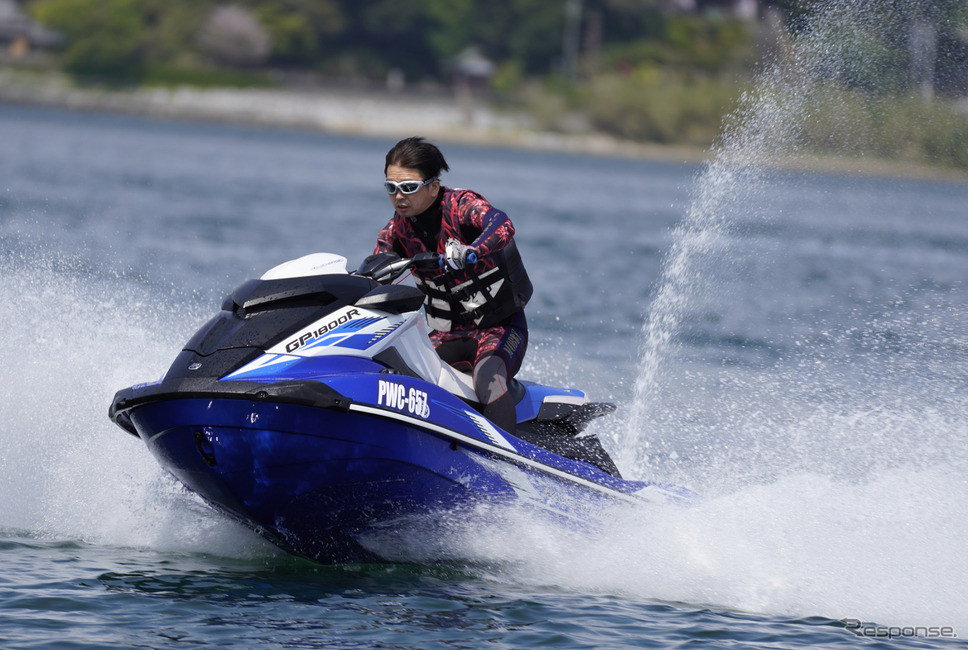 スーパーチャージャー付き4気筒を搭載するヤマハ『GP1800R SVHO』に青木タカオが挑む《写真撮影 柳田由人》
