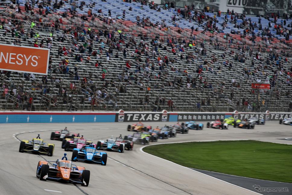 第3&4戦の舞台はオーバルコースの「テキサス・モーター・スピードウェイ」。《Photo by INDYCAR》