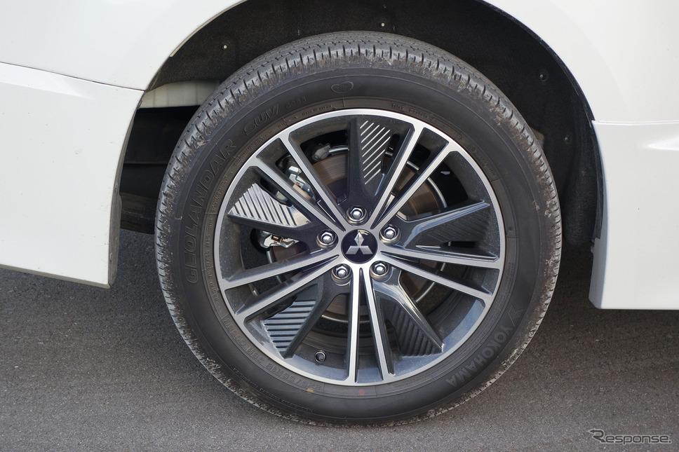 タイヤは225/55R18サイズのヨコハマ「ジオランダーSUV G055」《写真撮影 井元康一郎》