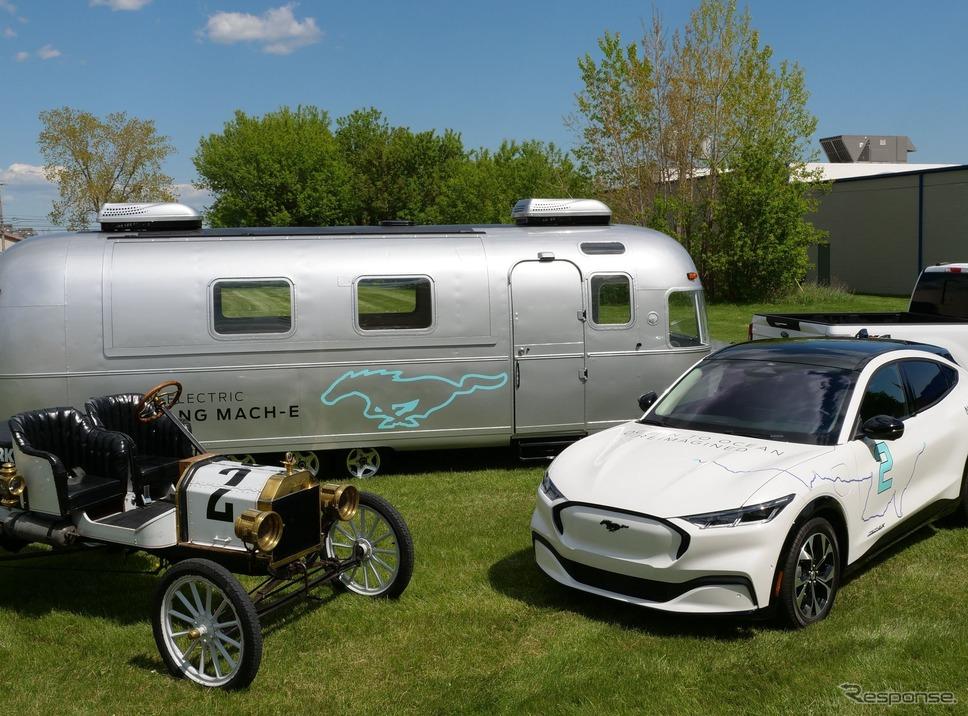 フォード・モデルT と マスタング・マッハE。米大陸横断チャレンジ《photo by Ford Motor》