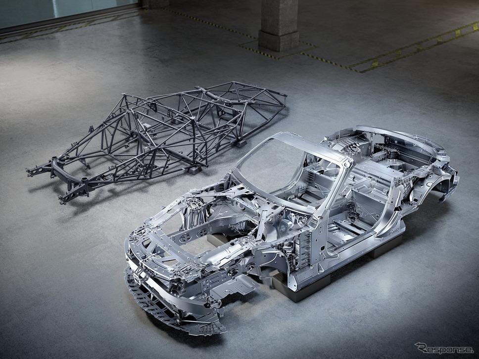 メルセデスAMG SL のホワイトボディとメルセデスベンツ 300SL のスペースフレーム《photo by Mercedes-Benz》