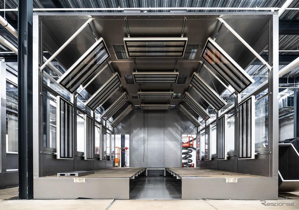 ロータスカーズの英国ヘセル工場の新しい塗装工場《photo by Lotus Cars》