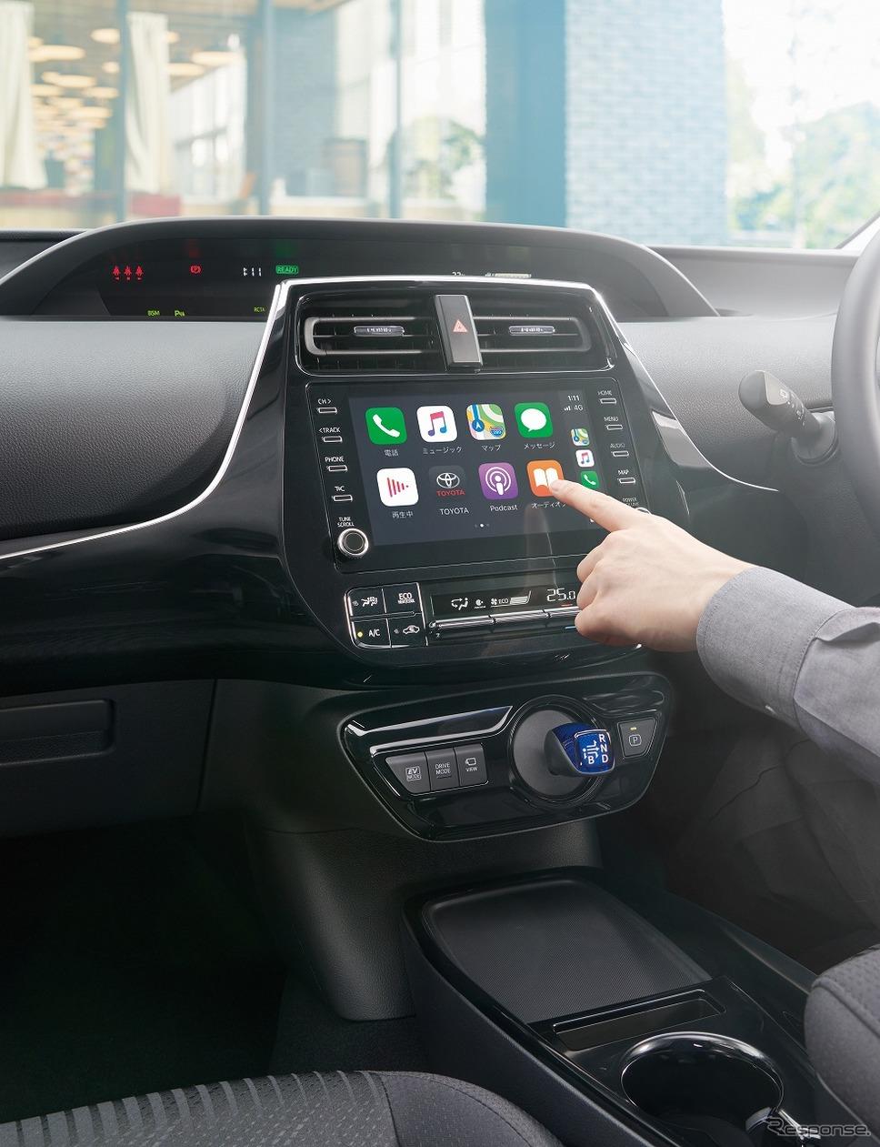トヨタ プリウス A(2WD)(内装色:ブラック)<オプション装着車>《写真提供 トヨタ自動車》
