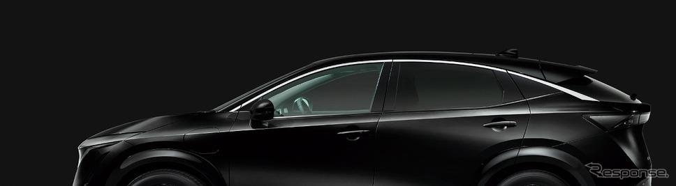 ミッドナイトブラック(特別塗装色)《写真提供 日産自動車》