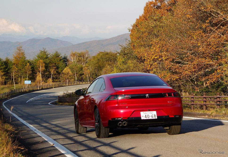 プジョー 508 GT BlueHDi。軽井沢北方にて。《写真撮影 井元康一郎》