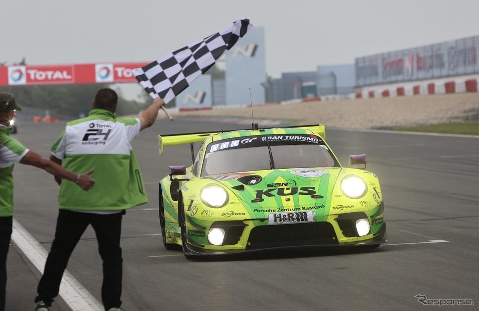 ニュルブルクリンク24時間耐久レース:総合1位の#911 マンタイ・ポルシェ《photo by ADAC Nordrhein》