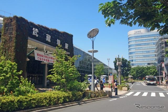 武蔵境駅《写真提供 写真AC》