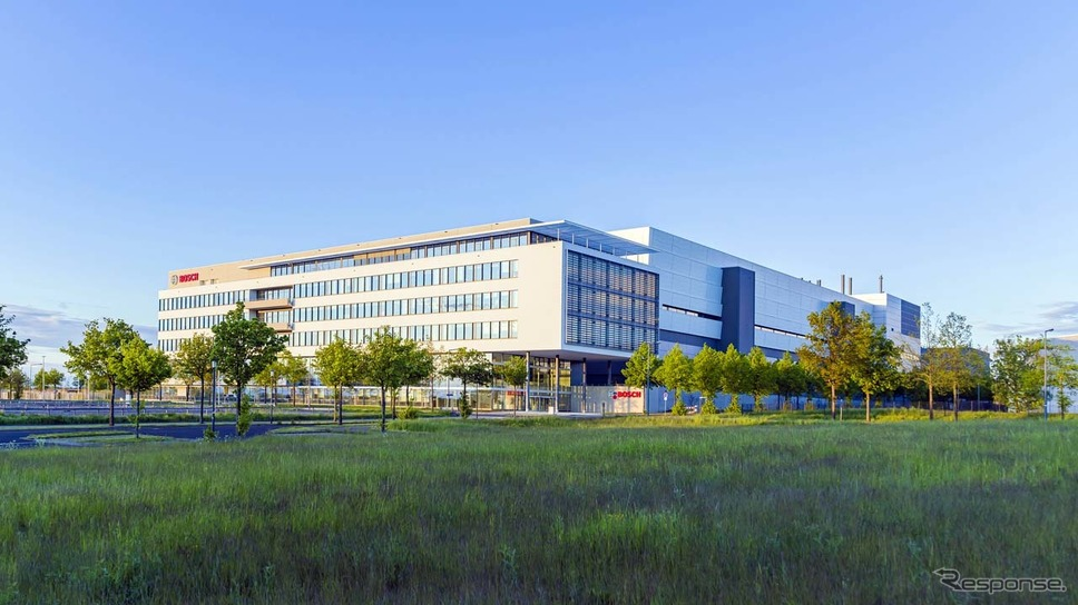 ドイツ・ドレスデンに建設した半導体新工場《写真提供 ボッシュ》