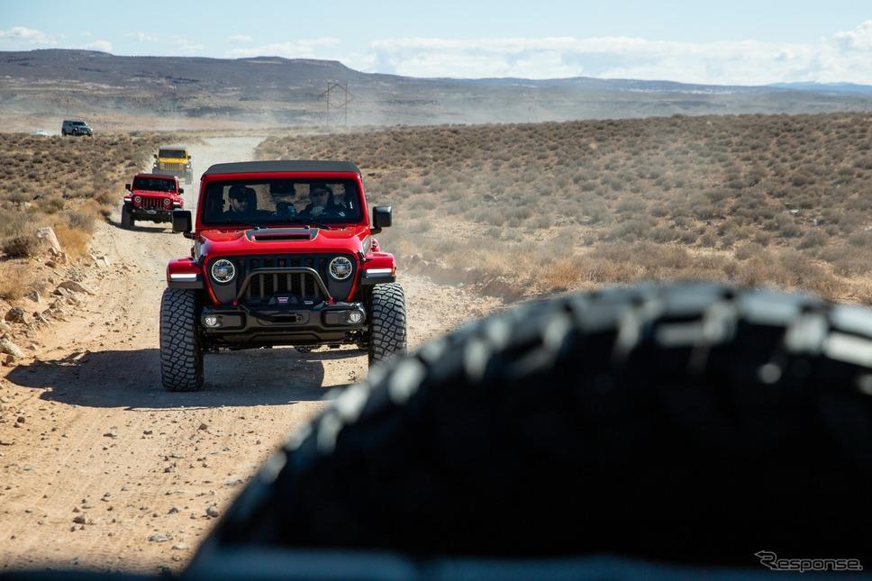 ジープのオフロード走行イメージ《photo by Jeep》