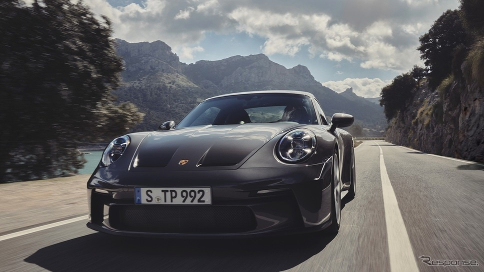 ポルシェ 911 GT3 新型の「ツーリングパッケージ」《photo by Porsche》
