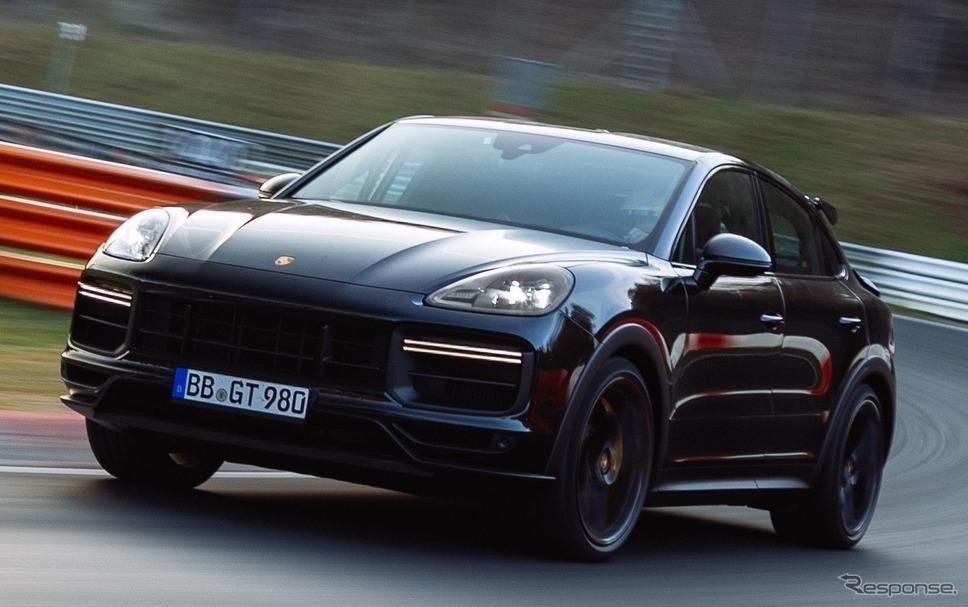 ポルシェ・カイエン・クーペ の新たな高性能モデルのプロトタイプ《photo by Porsche》