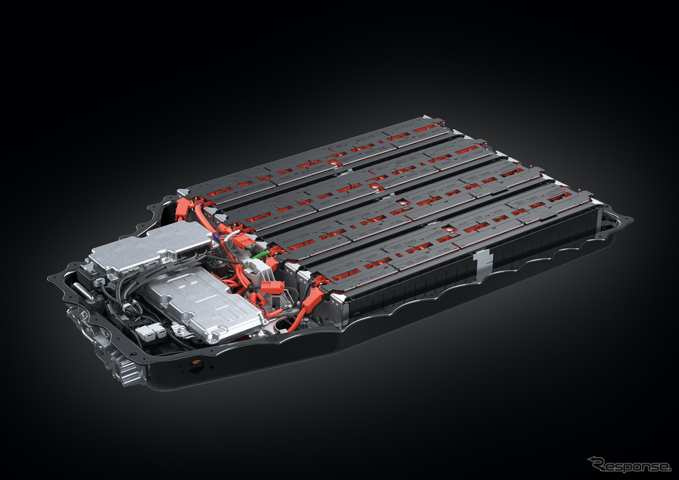 PHEV バッテリー(プロトタイプ)《写真提供 トヨタ自動車》