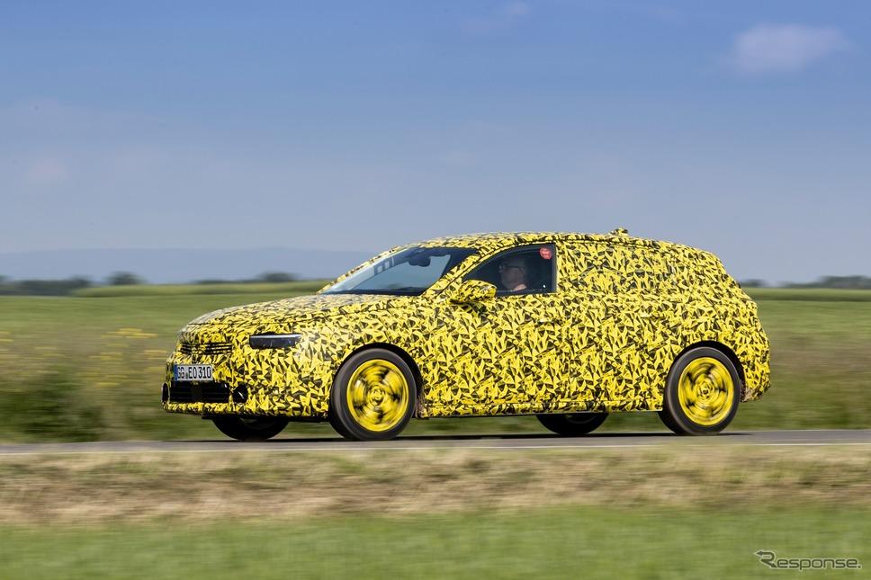 オペル・アストラ 次期型のプロトタイプ《photo by Opel》