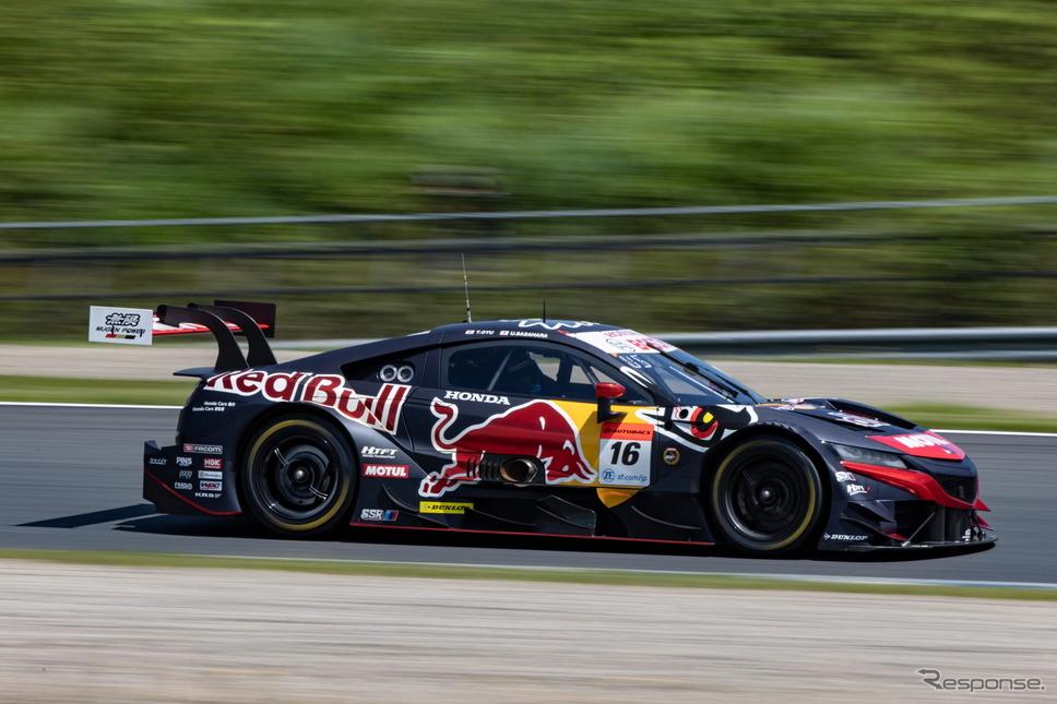 GT500クラス予選3位の#16 Red Bull MOTUL MUGEN NSX-GT(笹原右京/大湯都史樹)《撮影 益田和久》