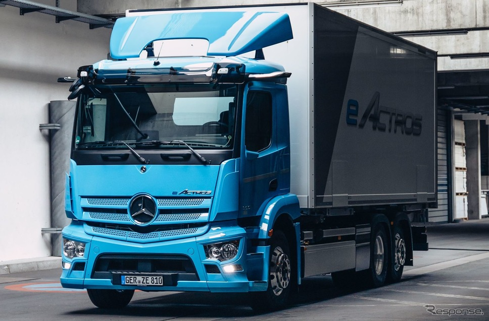 メルセデスベンツ eアクトロス《photo by Mercedes-Benz》