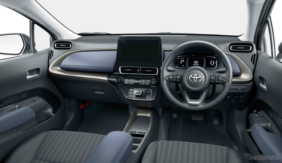 トヨタ・アクア新型。Z、2WD、内装色:コジー[ブラック×ダークネイビー]、オプション装着車《写真提供 トヨタ自動車》