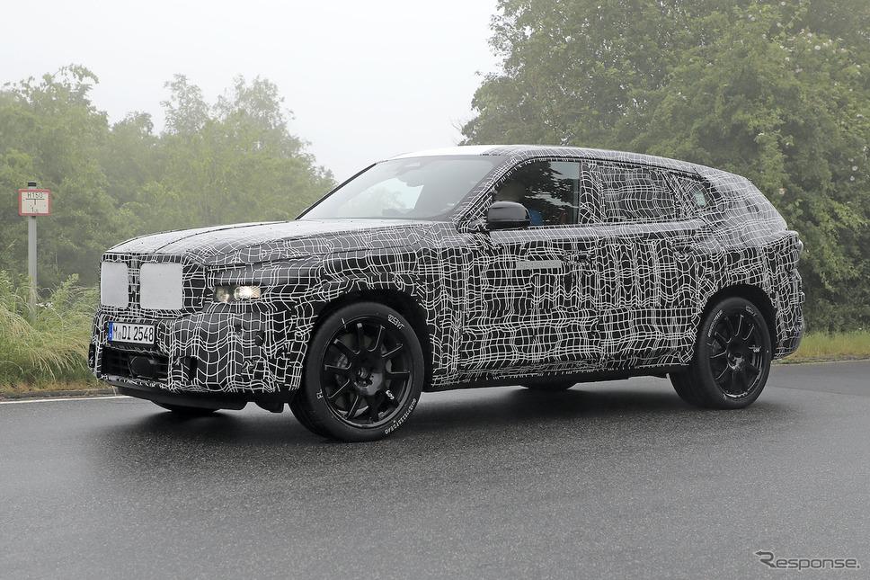 BMW X8 プロトタイプ(スクープ写真)《APOLLO NEWS SERVICE》