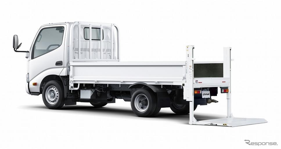 トヨタ ダイナ TECS 垂直式パワーゲート車 シングルキャブ・ロングデッキ・ジャストロー・1.45t積・ディーゼル車・2WD・5速マニュアル《写真提供 トヨタ自動車》