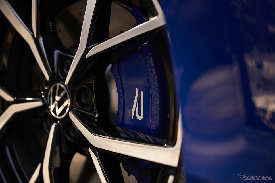 フォルクスワーゲン・ゴルフ R 新型《photo by VW》