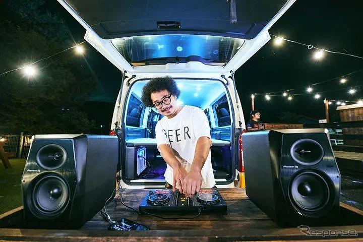 バンライフ DJカー《写真提供 Carstay》