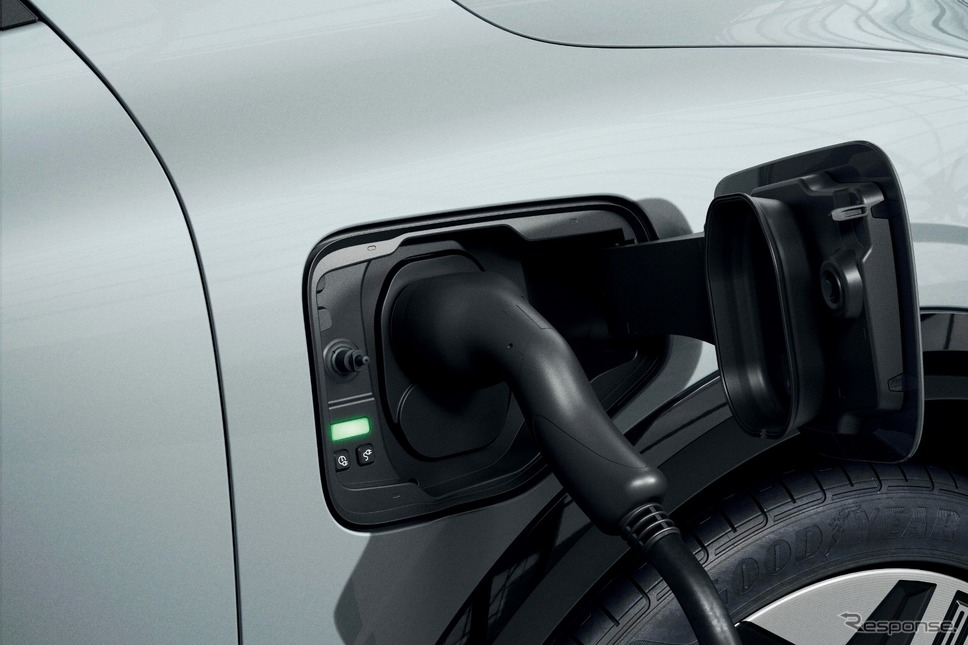 ルノー・メガーヌ E-TECH エレクトリック《photo by Renault》