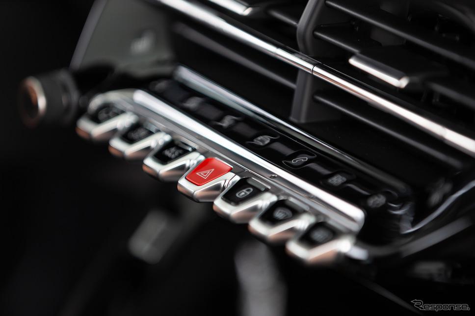 プジョー 208(写真は海外仕様)《photo by Peugeot》