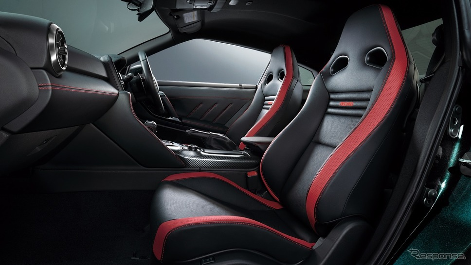 日産 GT-R トラックエディション エンジニアード by NISMO T-スペック(内装色:ブラック)《写真提供 日産自動車》