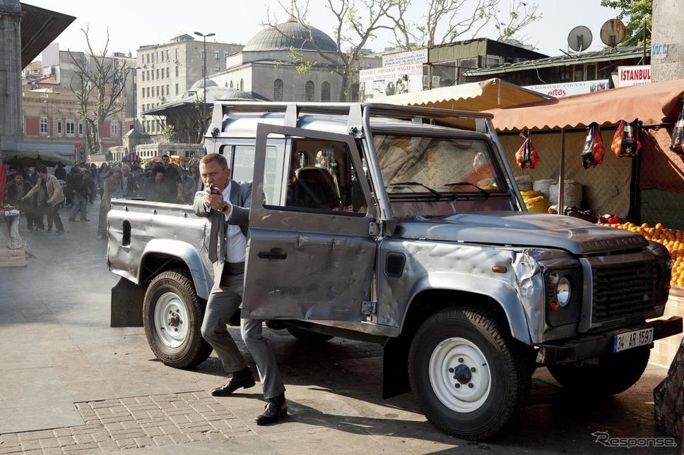 『007 スカイフォール』《photo by Land Rover》