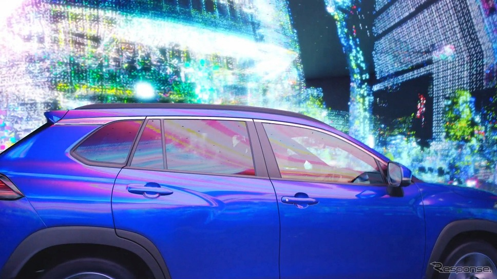 トヨタ カローラクロス 新CM「個性を駆け抜けて篇」《写真提供 カローラクロスPR事務局》