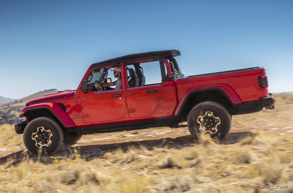 ジープ・グラディエーター にオプション設定された「ハーフドア」(米国仕様)《photo by Jeep》