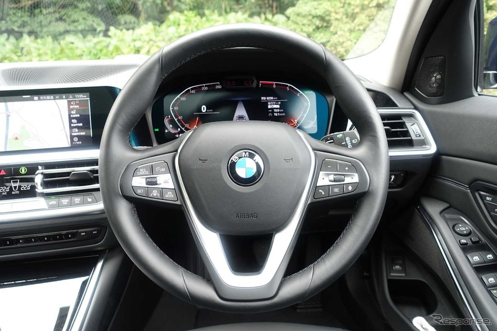 BMW 318iツーリング《写真撮影 中村孝仁》
