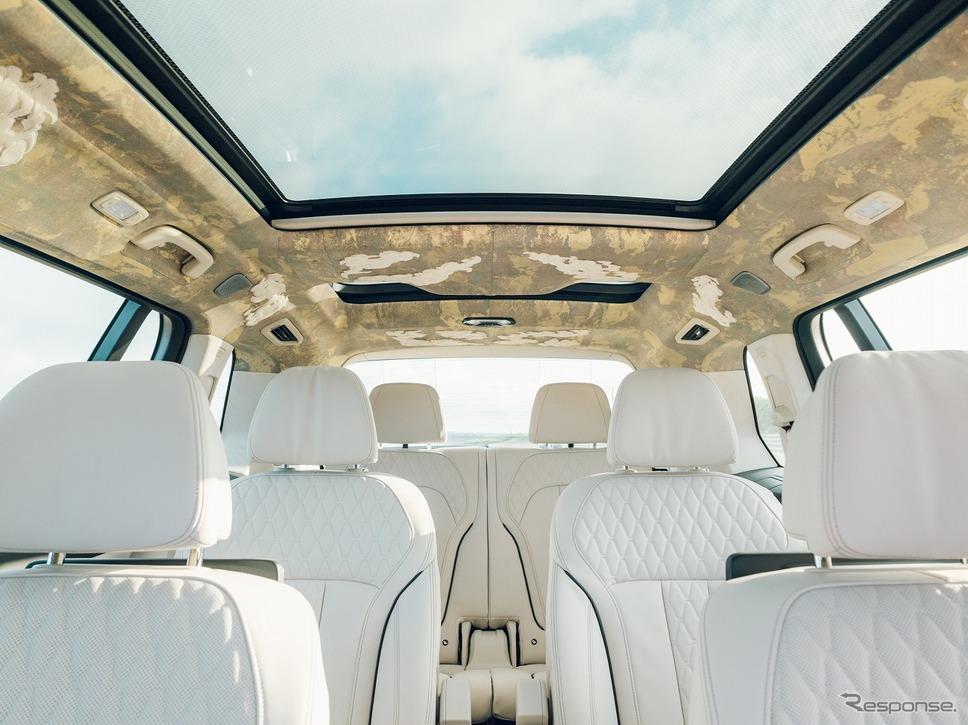 BMW X7西陣エディション ※西陣織ルーフライナーは参考部品、販売車両には含まれない《写真提供 ビー・エム・ダブリュー》