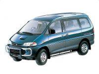 三菱自動車 デリカスペースギア(PD4W)