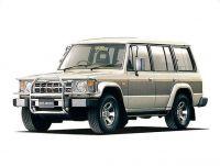 三菱自動車 パジェロ (ディーゼル)(L049GV)